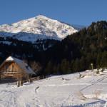 Die Linderhütte mit dem darüber thronenden Zirbitzkogel