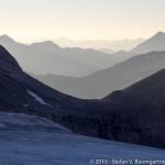 Blick von der Oberwalderhütte nach Osten zur Fuscherkarscharte (2841 m)