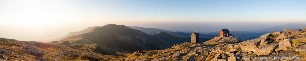 Sonnenuntergang am Zirbitzkogel (2396 m), Seetaler Alpen, Steiermark, Österreich