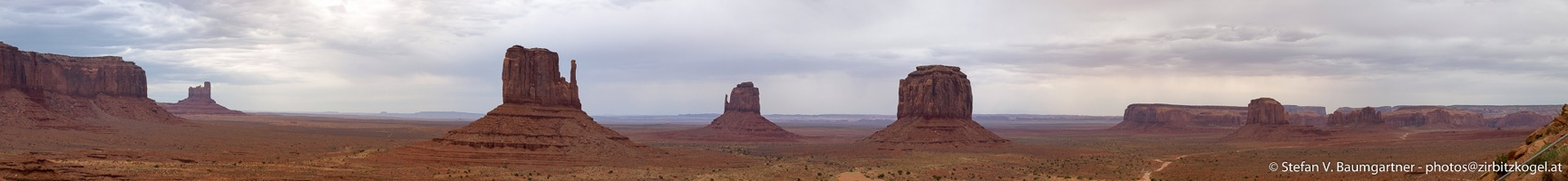 Monument_Valley_02_180